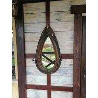 Оригинальное зеркало из хомута.