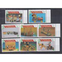 P22. MNH Сент-Винсент и Гренадины Дисней Античные игрушки Диснея .7