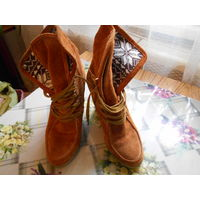 Женские ботиночки р.37