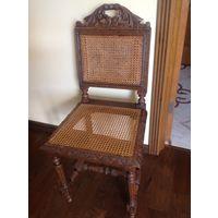 Старинные стулья ( 2 шт.) из Западной Европы.