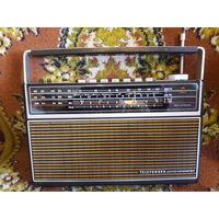 Радиоприёмник TELEFUNKEN partner universal 501 70е годы
