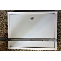 Дверца для ванной от ниши со счетчиками воды б/у