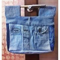 Джинсовая сумка с деревянными ручками