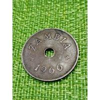 Замбия 1 пенни 1966 г.    редкая
