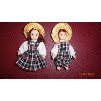 Очаровательная парочка фарфоровх кукол