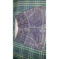 Женская джинсовая юбка- шорты. 44 размер. Фирма Deplay Minimal. Застегивается на 4 пуговицы. Спереди и сзади по 2 кармана