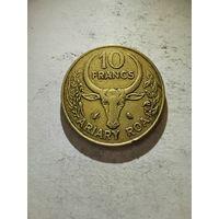 Мадагаскар 10 франков 1989