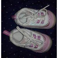 Кроссовки Clarks до года