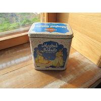 Железная коробка от чая