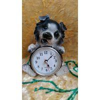 Статуэтка часы, собачка. Часы не идут