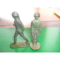 Два солдатика