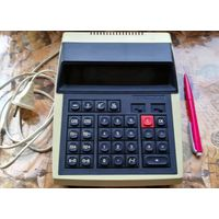 Настольный калькулятор ЭЛЕКТРОНИКА МК-44 с питанием от сети