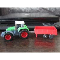 Трактор с прицепом новый