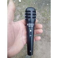 Микрофон Дефендер ,новый.
