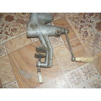 Механическая старинная соковыжималка MR