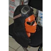Довоенный шлем сталинского сокола  из натур.кожи и мехом стриженного барашки. р58-59. Очки входят в цену.