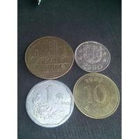 Монеты   24