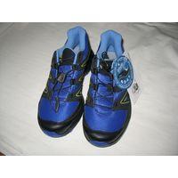 Треккинговые кроссовки Salomon XT Calcita Размер 37,5-38 (UK 6.5, EUR 40, USA 8, JAP 25), оригинальные. Легкий, дышащий и износостойкий материал для воздухопроницаемости и комфорта. Отличная воздухопр