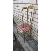 Латунный стул