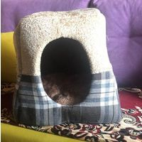Домик-лежак для кота