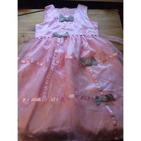 Нарядное платье на девочку лет 10-12, нежное, многослойное, воздушное, красивого розового цвета. Замеры длина 84 см, ПОталии до 38 см, талия регулируется поясом. Пояс в одном месте нужно подшить, прос