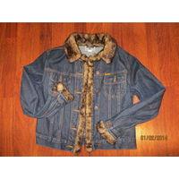 Стильная джинсовая куртка с меховой опушкой 46р-48
