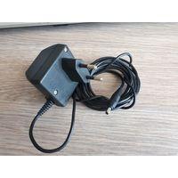 Оригинальное зарядное устройство Nokia /трансформаторное/.