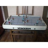 """Советская настольная игра """"Хоккей"""" в родной коробке."""