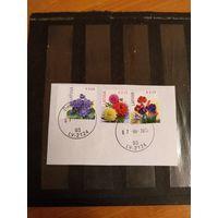 2015 Латвия флора цветы Мих 930, 933 оценка 5,5 евро на вырезке с четким гашением (5-6)