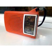 Карманный радиоприемник Sanyo RP-1270. 1983 год.