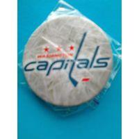 "Значок с Логотипом Хоккейного Клуба НХЛ - ""Вашингтон Кэпиталз""."