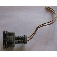 100590 Citroen C5 коннектор 2 пин