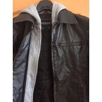 Куртка GUESS, черная, кожаная, б/у