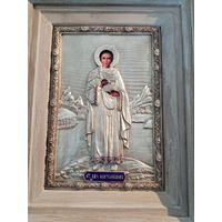 Икона святой мученик Пантелеймон. эмаль дуб серебрение, 28х22см