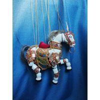 Марионетка Лошадь