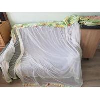 Бортики в детскую кроватку и балдахин.
