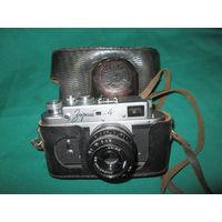 Фотоаппарат Зоркий 4 с объективом Индустар-50.