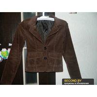 Славный пиджачок цвета шоколад р-р 40-42: