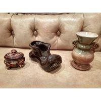 Статуэтка башмак керамика ,шкатулка лотом. ваза продана