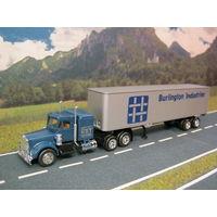 Модель грузового автомобиля Peterbilt (2). Масштаб HO-1:87.