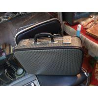Малый чемодан 46*32*12 см