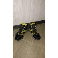 Кроссовки - ботинки McKinley для мальчика размер 38.