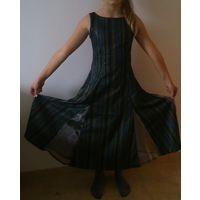 Платье на девочку р. 128-134 см