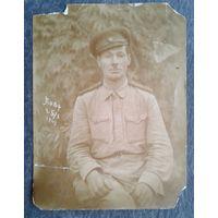Фото солдата. 1943 год. 8.5х11.5 см