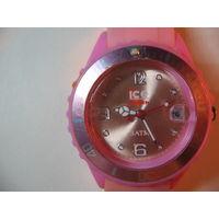 Часы кварцевые Ice watch