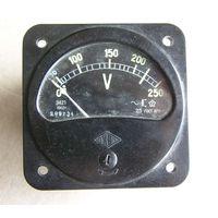 Вольтметр переменного тока Э421 на 250 Вольт 1962 год
