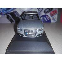Audi A8 (D4) Silver.2010. Kyosho.1/43
