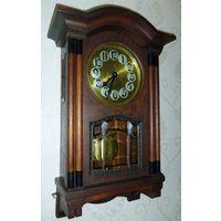 Старинные механические часы