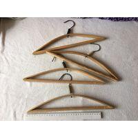 Вешалки плечики детские деревянные СССР 4 шт вместе длинна ок 33 см
