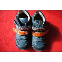 Ботинки италия деми осень весна размер 29